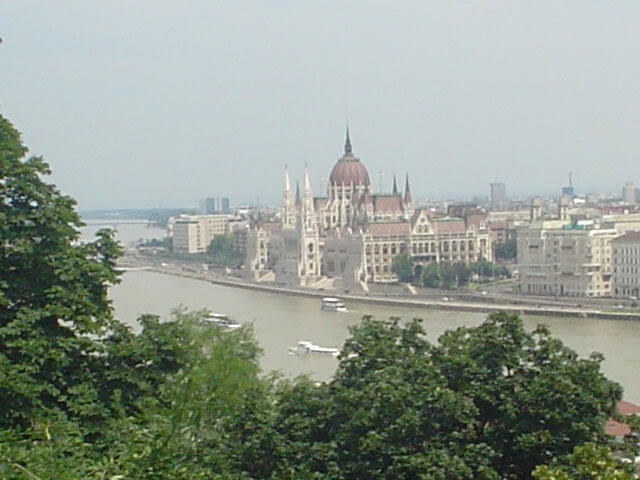 24 Hours in Budapest–Five Secrets to a Spontaneous Adventure