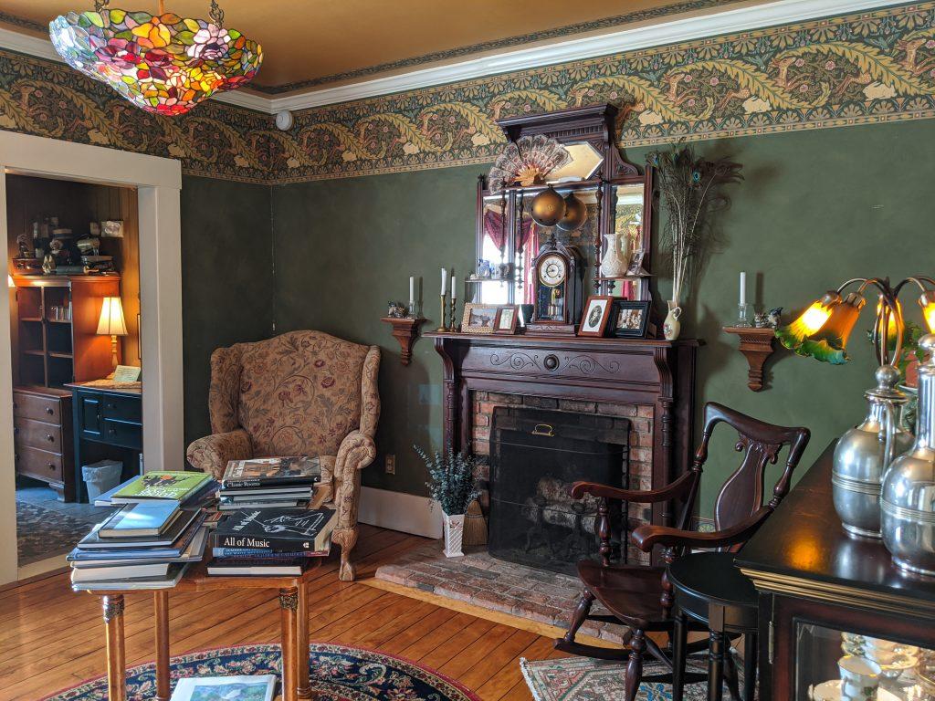 quaint sitting room