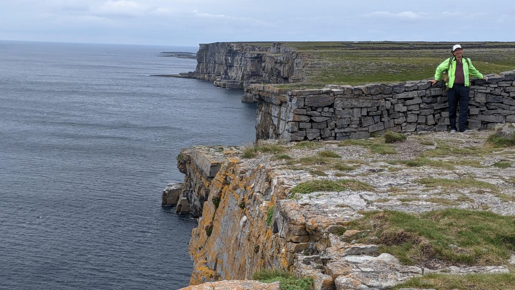 cliffs on inish more